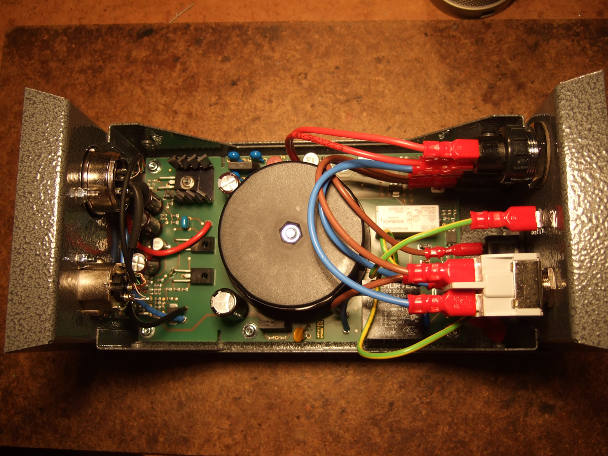 Neumann U67 Reissue Complete Tear Down And Analysis Home Network Using Electrical Wiring On Popscreen Sizes Are Substantial Perfectly Routed With The Exception Of Anemic Audio Between Mic Xlr Connectors